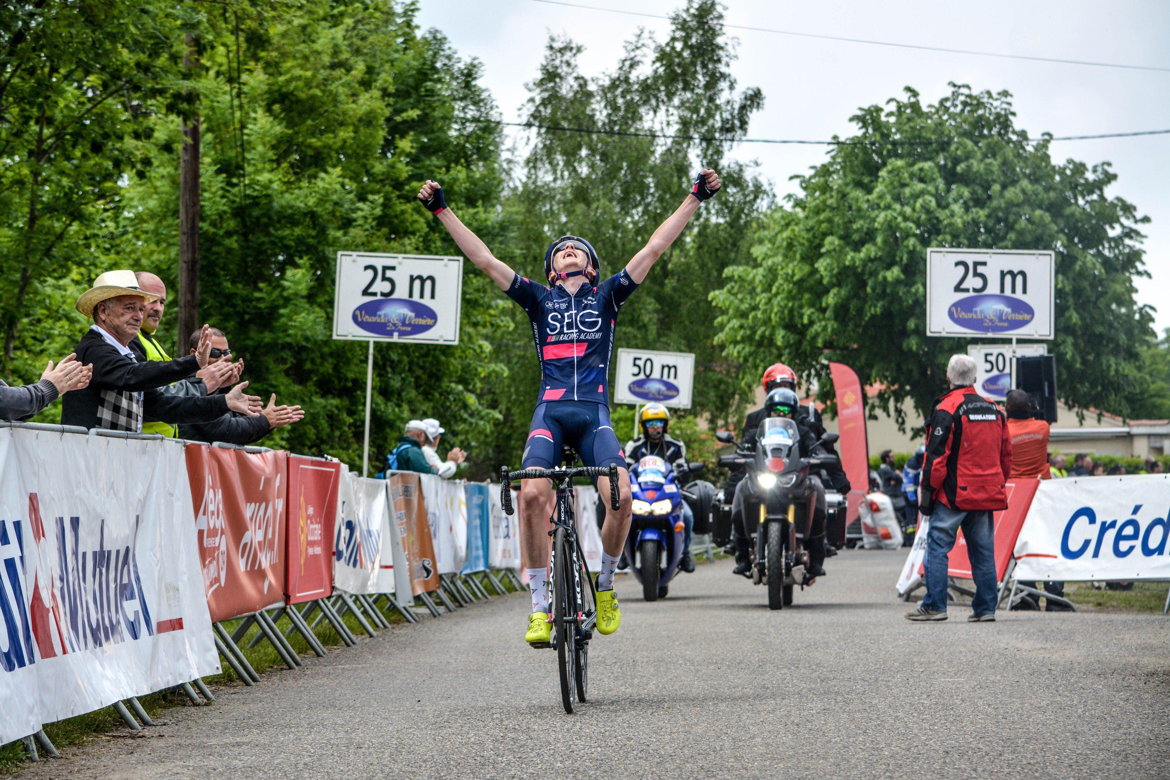 Стивен Уильямс выиграл первый этап Ronde del'Isard