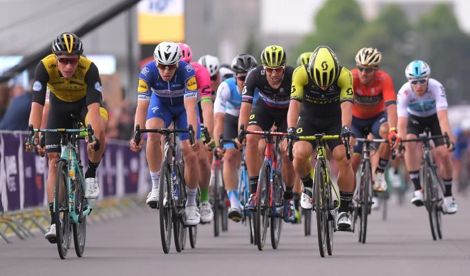 Mitchelton-Scott выиграла во второй день Hammer Sportzone Limburg