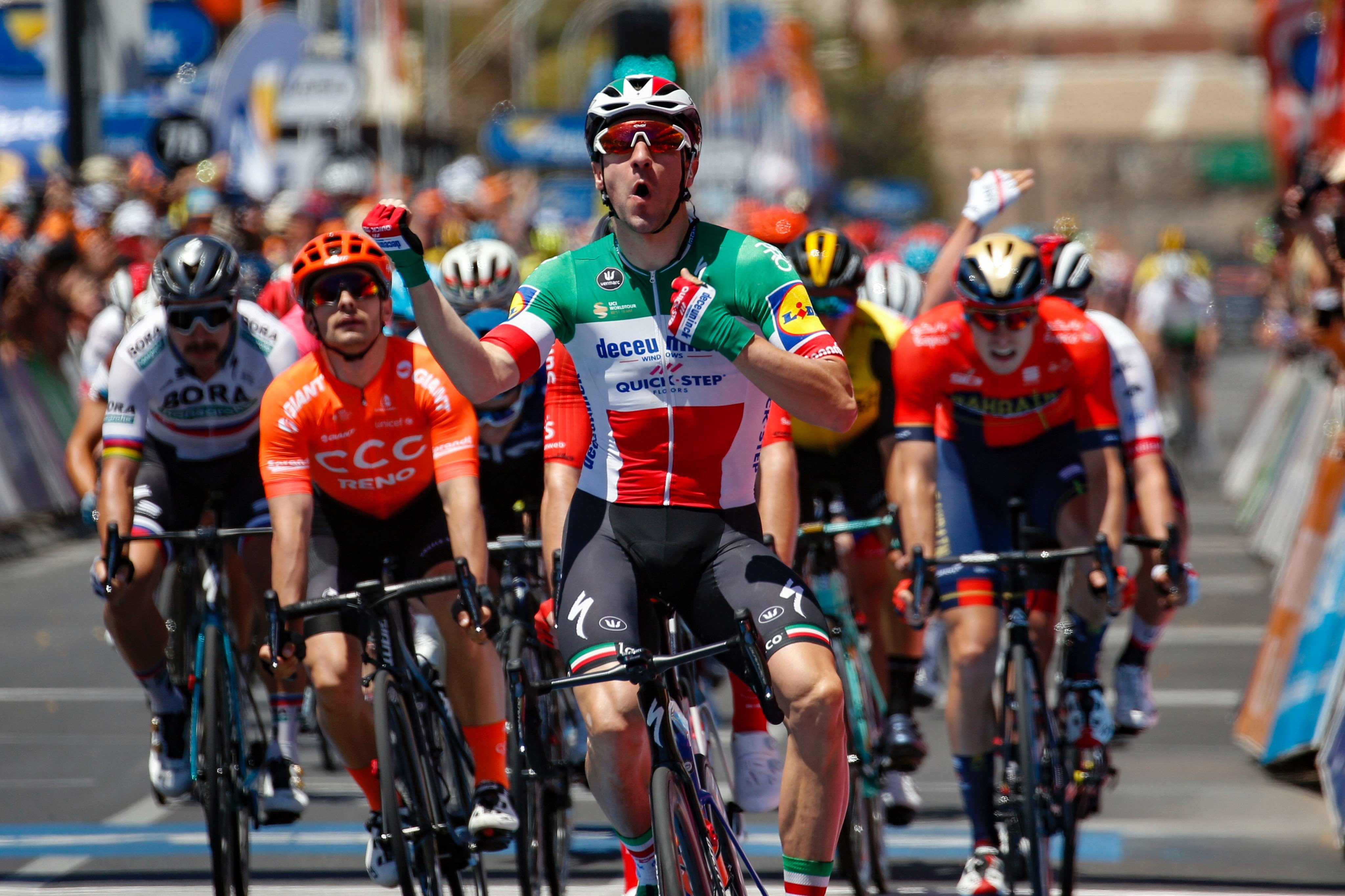 Элиа Вивиани выиграл первый этап велогонки «Тур Даун Андер»