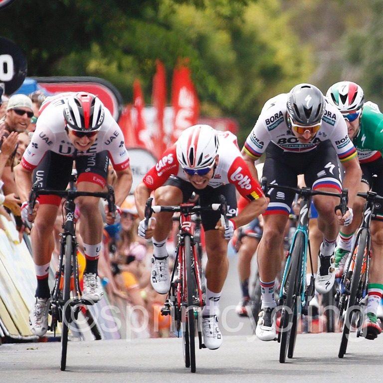 Калеб Юэн выиграл пятый этап «Тур Даун Андер», а потом был дисквалифицирован