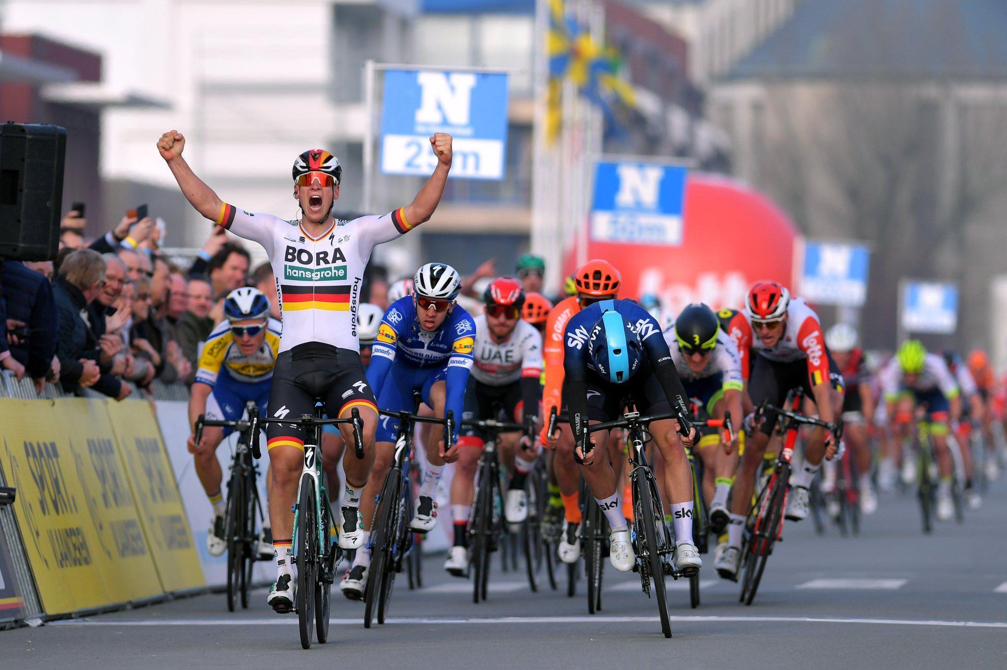 Паскаль Акерманн выиграл велогонку Bredene Koksijde Classic