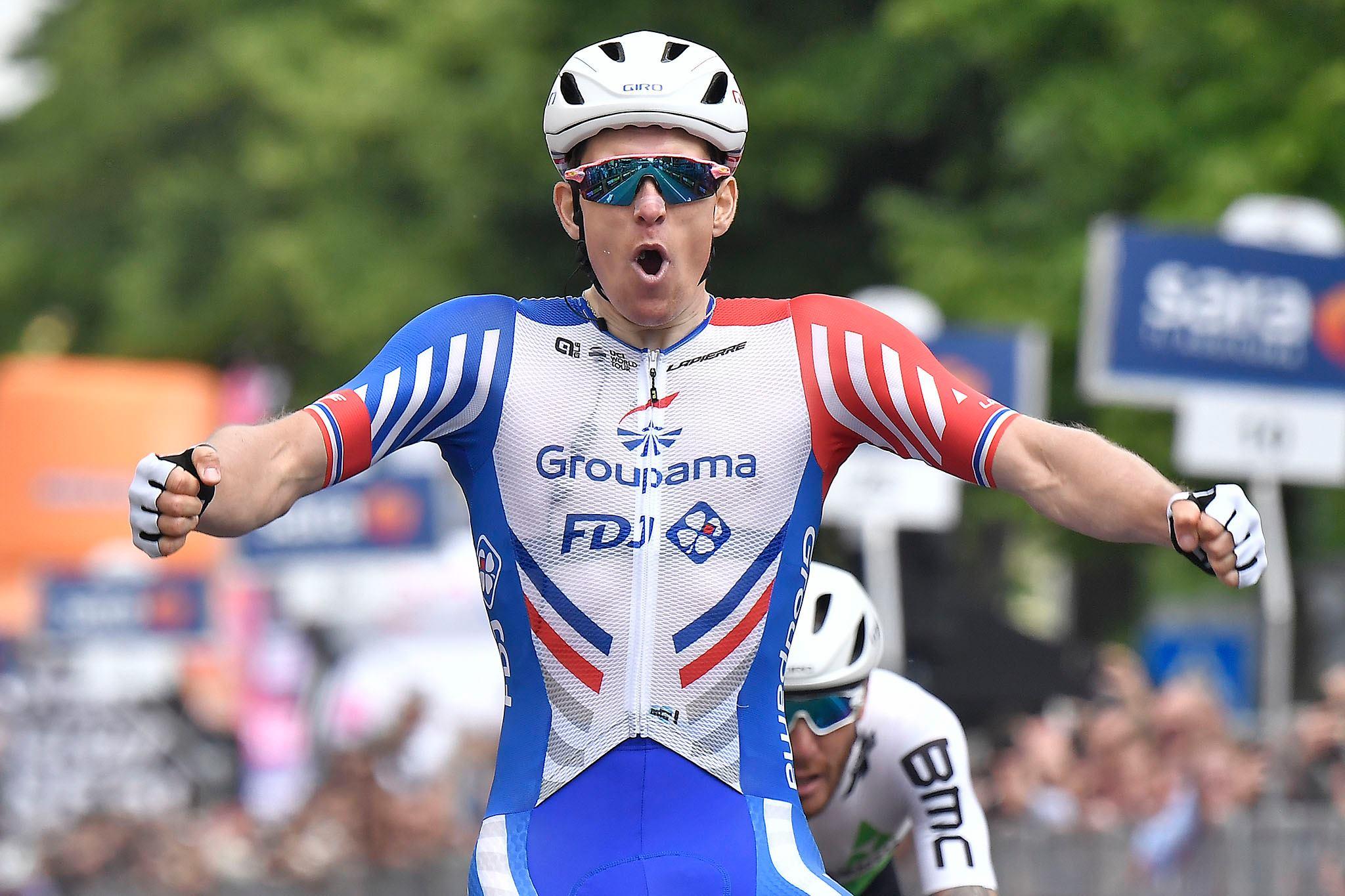 Арно Демар выиграл десятый этап «Джиро д'Италии»