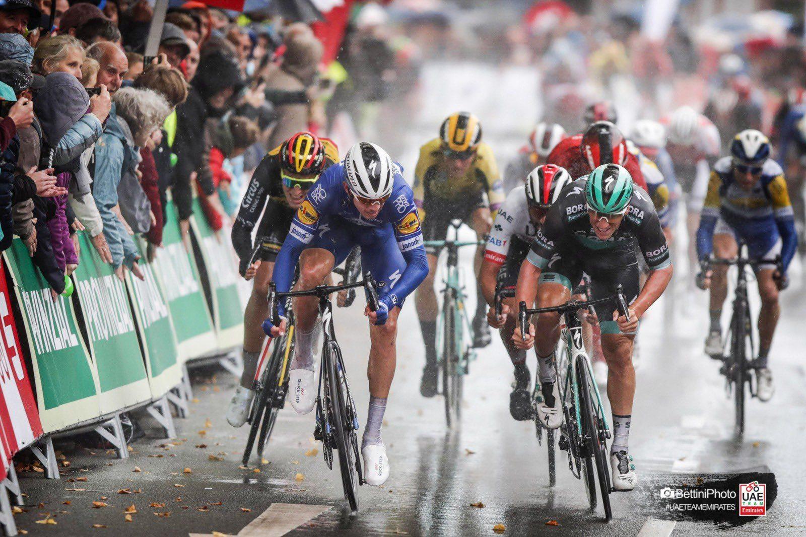 Альваро Одег выиграл велогонку Sparkassen Münsterland Giro, а Макс Вальшайд получил по лицу