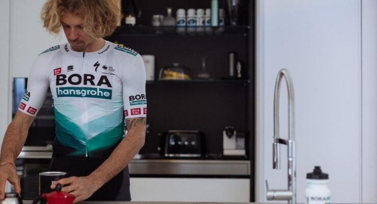 Bora — Hansgrohe представила обновлённый дизайн майки на сезон 2021 года