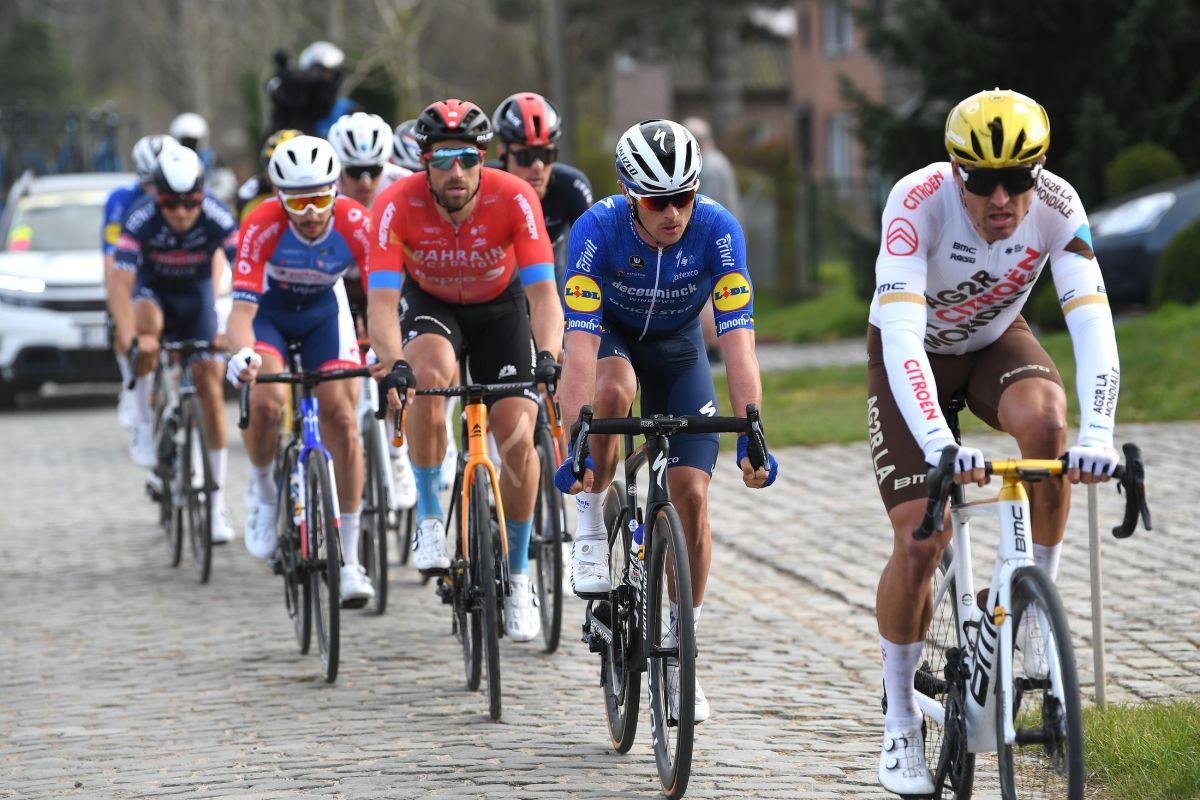 Каспер Асгрин усилием воли выиграл бельгийскую велогонку «Е3 Харелбеке»