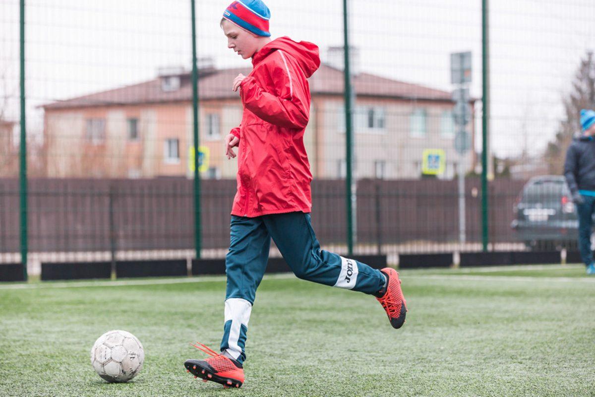 «Родинцы» из Челябинска сыграют в футбол с «Коммунистами России»