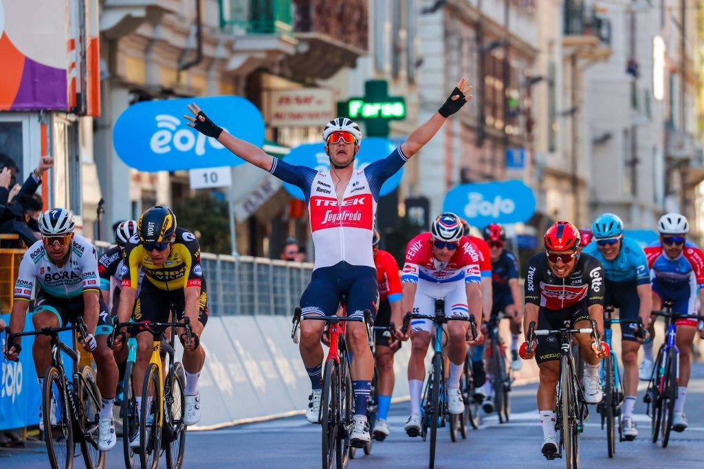 Яспер Стёйвен — победитель «Милан — Сан-Ремо — 2021»