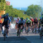 Сэм Беннетт одержал победу на первом этапе велогонки «Вольта Алгарви»