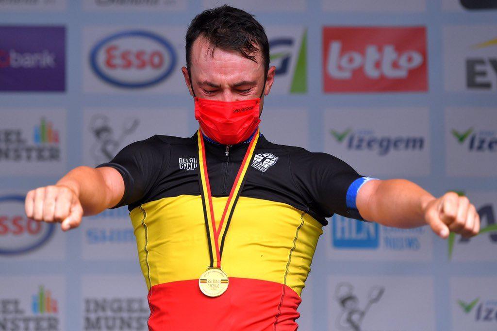 Ив Лампарт побеждает Ремко Эвенпула на чемпионате Бельгии по велоспорту