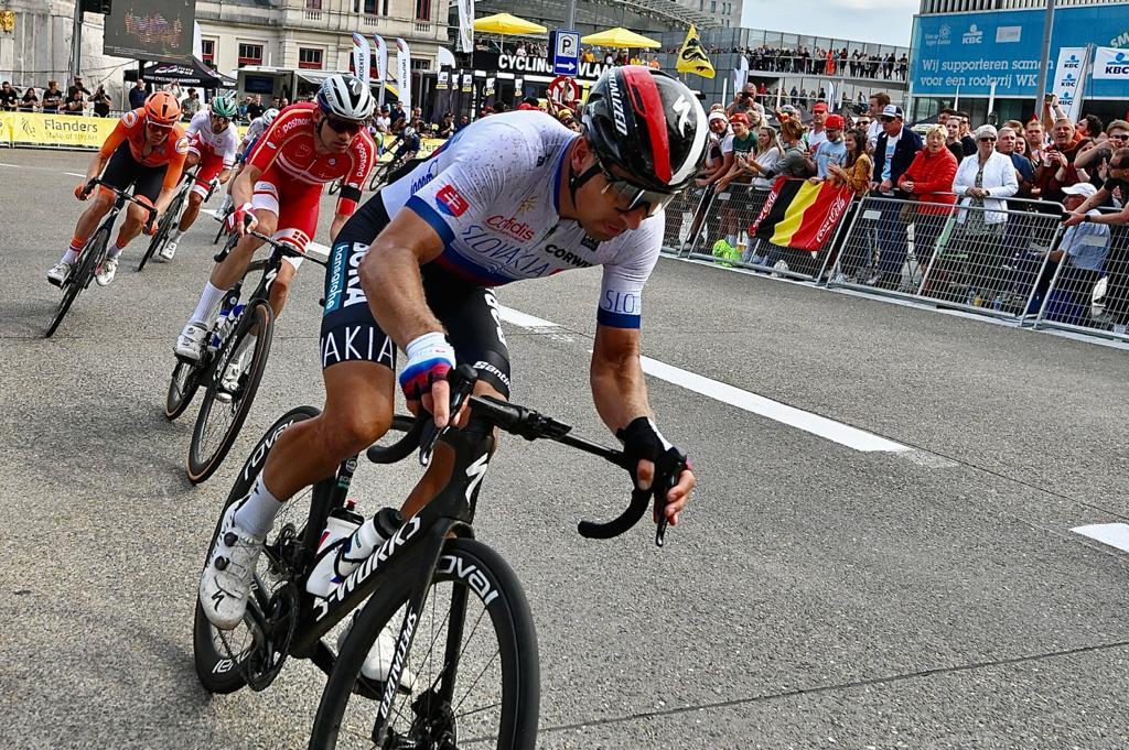 Жюлиан Алафилипп – двукратный чемпион мира по велоспорту в групповой гонке