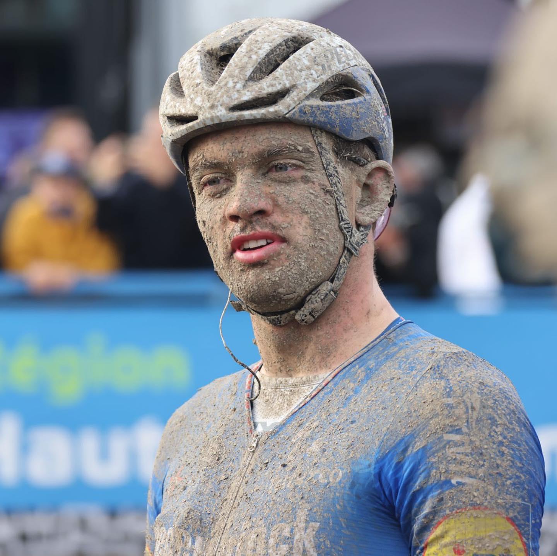 Сонни Кольбрелли выиграл велогонку «Париж — Рубе — 2021»